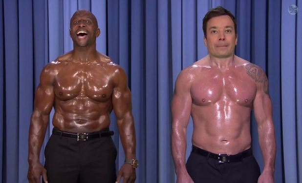 "Jimmy Fallon and Terry Crews perform a Nip-Syncing for the Paul McCartney and Stevie Wonder hit ""Ebony and Ivory."" on The Tonight Show"