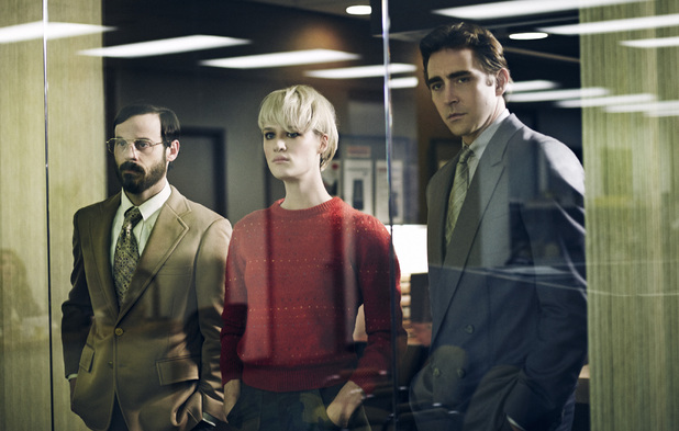 Scoot McNairy as Gordon Clark, Mackenzie Davis as Cameron Howe and Lee Pace as Joe MacMillan in Halt and Catch Fire Season 1