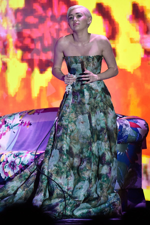 MONTE-CARLO, MONACO - MAY 27: Miley Ray Cyrus performs during the ceremony of the World Music Awards 2014 at Sporting Monte-Carlo on May 27, 2014 in Monte-Carlo, Monaco. (Photo by Pascal Le Segretain/Getty Images)