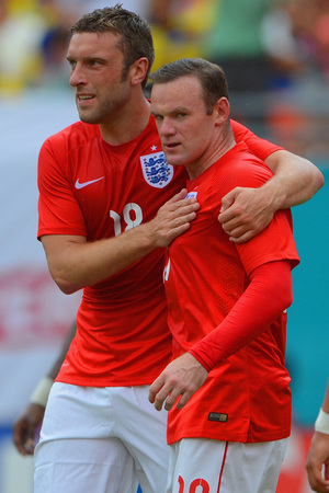 Rickie Lambert & Wayne Rooney during Englands friendly against Ecuador