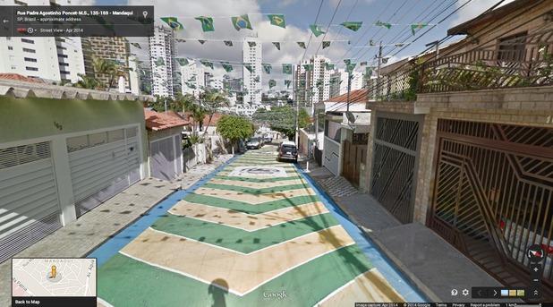 Google Maps - Street View: Rua Padre Agostinho Poncet, São Paulo, Brazil