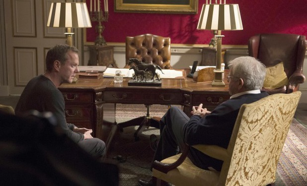 Kiefer Sutherland & William Devane in 24: Live Another day episode 6 - '4:00PM - 5:00PM'
