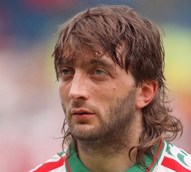 TRIFON IVANOV (BULGARIA) BULGARIA V SPAIN FOOTBALL 1995/6 EUROPEAN NATIONS CUP 1996 ENGLAND Great Britain 1995