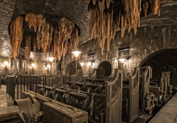 Harry Potter and the Escape from Gringotts at The Wizarding World of Harry Potter - Diagon Alley
