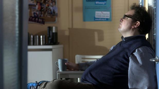 Al is uneasy over Niamh's behaviour