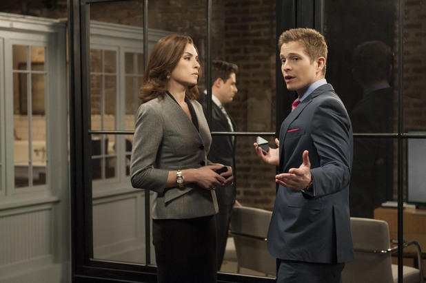 Julianna Margulies as Alicia Florrick and Matt Czuchry as Cary Agos in The Good Wife: Season 5, Episode 22