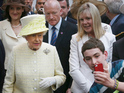 One youngster seizes the opportunity to get the ultimate royal selfie.