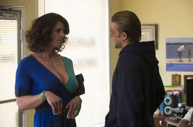 Walton Goggins as Venus Van Dam and Charlie Hunnam as Jax in Sons of Anarchy
