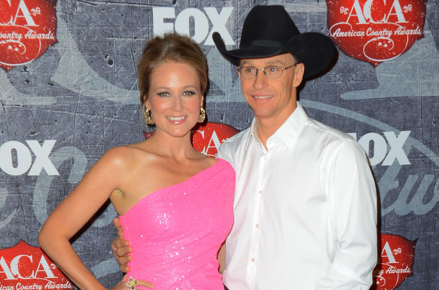 Jewel and Ty Murray arrive at the 2012 American Country Awards