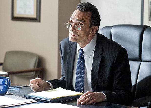Hank Azaria as James Cochran in Ray Donovan: Season 2, Episode 2