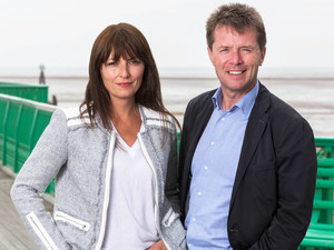 Davina McCall, Nicky Campbell in Long Lost Family