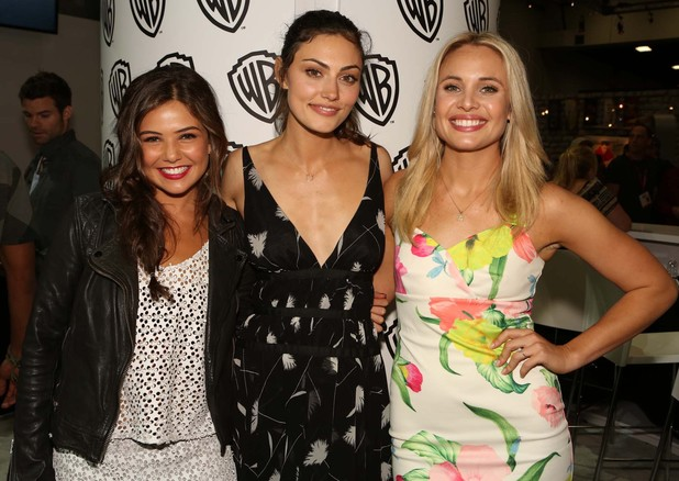 The Originals ladies Danielle Campbell, Phoebe Tonkin and Leah Pipes were all smiles at the Warner Bros. booth at Comic-Con 2014