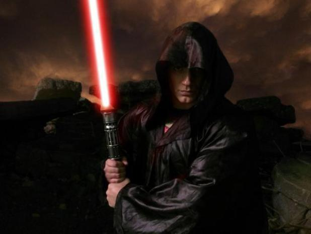 Henry Cavill as a Jedi Knight