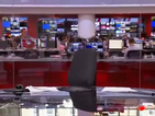 BBC newsreader shows smooth skills after camera cock-up