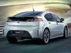 Digital Spy cruises the streets in relative silence in the Vauxhall Ampera.