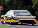 The Sunswift eVe sets a new record by traveling 62mph over 500km on a test track.