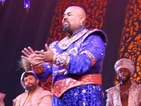 The cast and audience sang 'Friend Like Me' led by Genie actor James Monroe Iglehart.