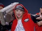Taylor Swift wins second US No.1 single with 'Shake It Off'