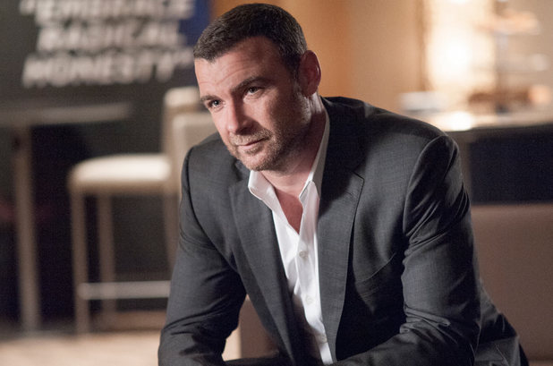 Liev Schreiber as Ray Donovan in Ray Donovan S02E06