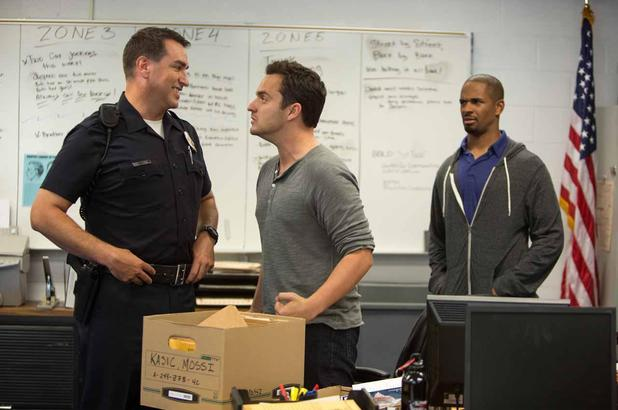 Jake Johnson, Damon Wayans Jr, Rob Riggle in Let's Be Cops