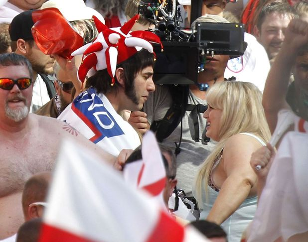 'Grimsby' on set Filming, Cape Town, South Africa - 17 Aug 2014Sacha Baron Cohen and Rebel Wilson kiss 17 Aug 2014
