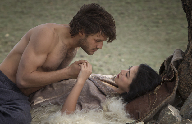 Lorenzo Richelmy and Zhu Zhu in Marco Polo