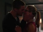 Arrow season three: See Oliver and Felicity kiss in brand new promo