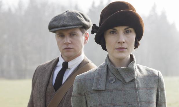 Allen Leech as Tom Branson & MIchelle Dockery as Lady Mary Crawley in Downton Abbey series 5 premiere