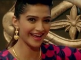 Sonam Kapoor in 'Abhi Toh Party' video from Khoobsurat