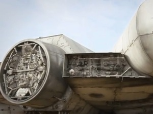 Star Wars Episode 7's Millennium Falcon teased