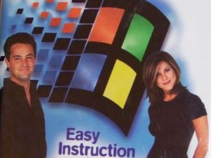 Friends stars Matthew Perry and Jennifer Aniston feature in a Windows 95 tutorial video