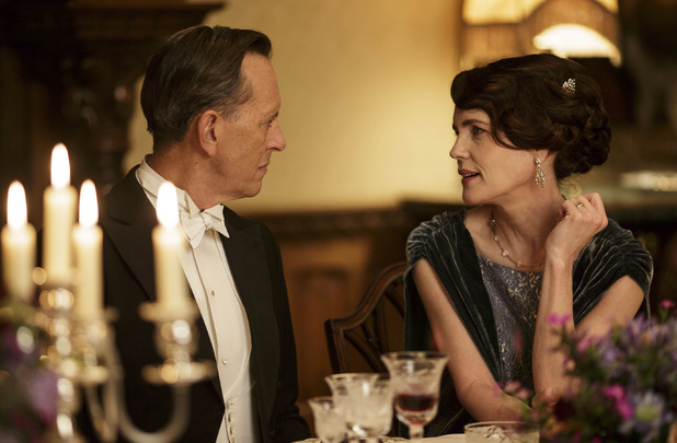 Richard E. Grant as Simon Bricker and Elizabeth McGovern as Cora in Downton Abbey S05E02