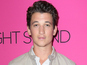 Miles Teller bulks up for boxing role