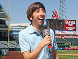 Simon Helberg in The Big Bang Theory: 'The First Pitch Insufficiency'
