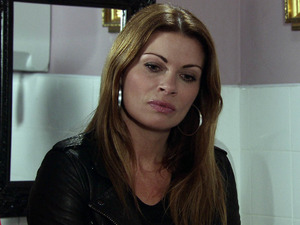 Carla quizzes Rob over Tina's murder