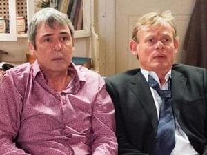 Men Behaving Badly reunion for Stand Up To Cancer