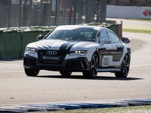 RS7 now holds the speed record for a driverless car