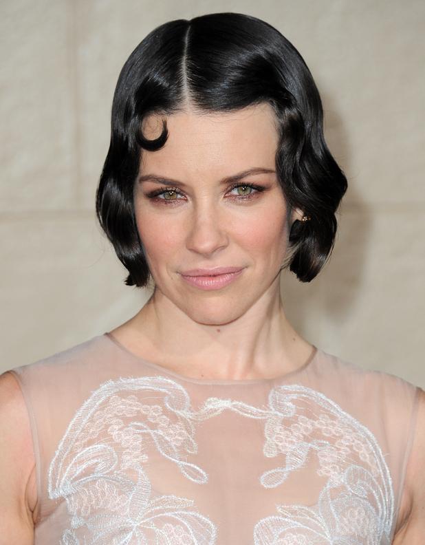 Evangeline Lilly debuts striking hair at The Hobbit premiere ...