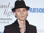Cameron Crowe pilot adds Machine Gun Kelly