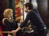 Uma Thurmam as Anouk and Penn Badgley as Jamie in The Slap S01E01
