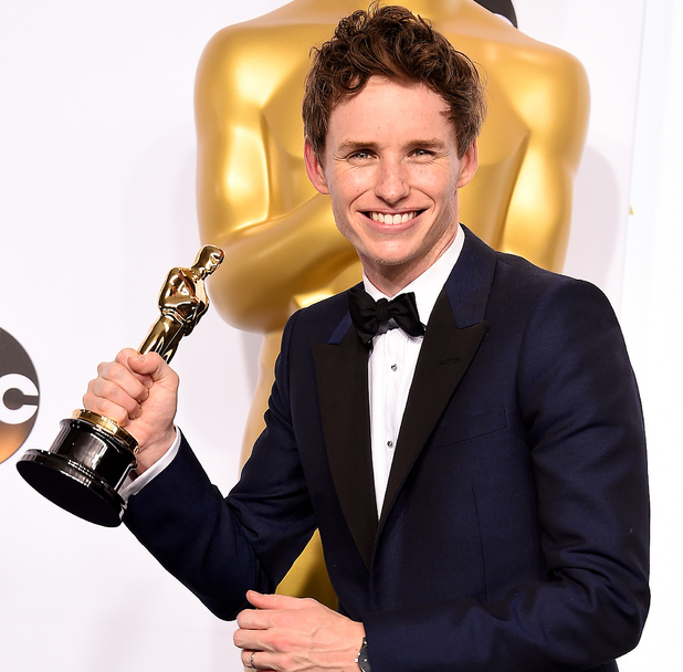 Bbc Worst Jobs In History Royal Bathroom: Eddie Redmayne Was Once A Waiter At The British Soap