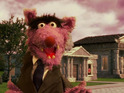 Sesame Street spoofs Frank Underwood in a tale of 'The Three Little Pigs'.