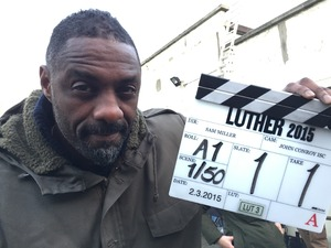 Idris Elba shooting the Luther 2015 special