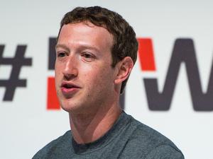 Mark Zuckerberg at MWC 2015
