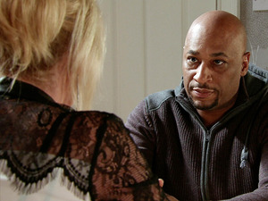Liz suggests Steve could sell his share of the Rovers and repay Tony the money he borrowed to settle his tax bill.