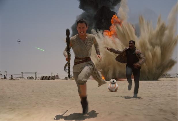 Star Wars: The Force Awakens - Daisy Ridley (Rey) and John Boyega (Finn)