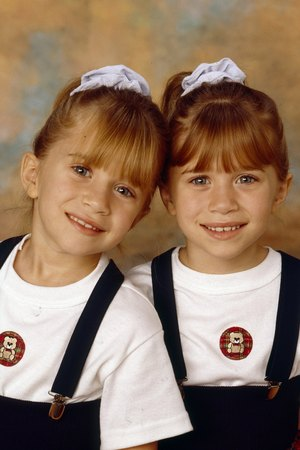 The Olsen twins in Ful...