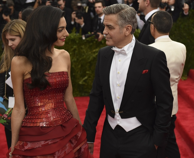 George Clooney at the Met Gala 4th May 2015 - Page 2 Showbiz-met-gala-2015-amal-clooney-george-clooney