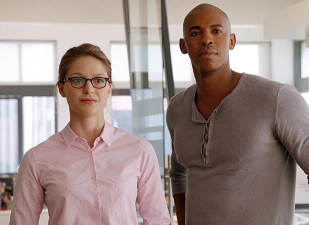 Melissa Benoist & Mehcad Brooks in Supergirl