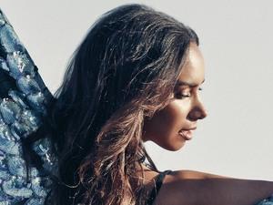 Leona Lewis I Am album artwork.
